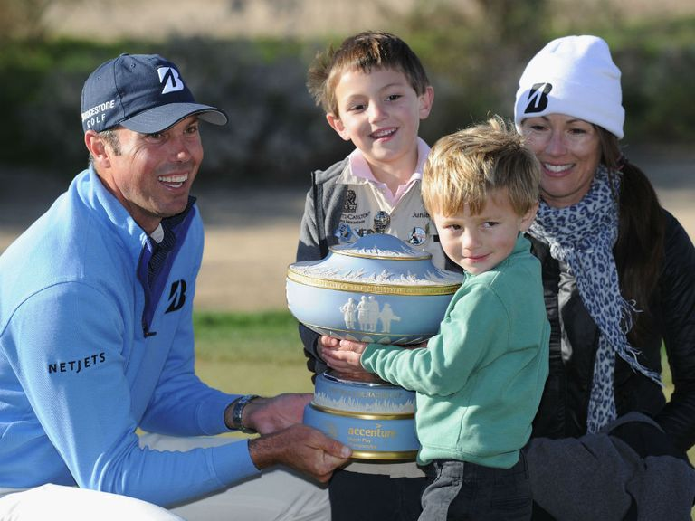 Matt Kuchar celebrates with his family