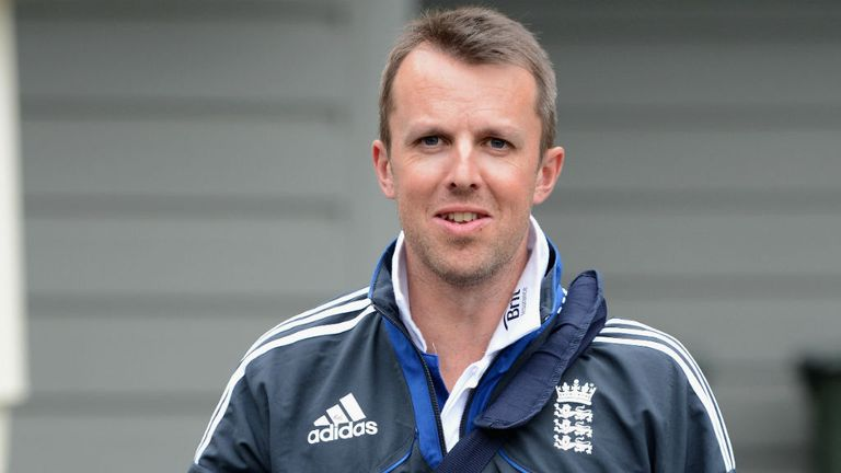 Graeme Swann: Monday return for key England star