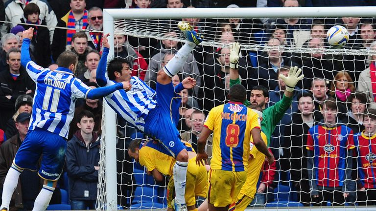 Leonardo Ulloa: Scored a brace for his 7th goal in 11 games since joining