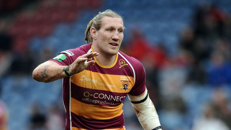 Eorl Crabtree: Huddersfield prop to miss out due to first ban