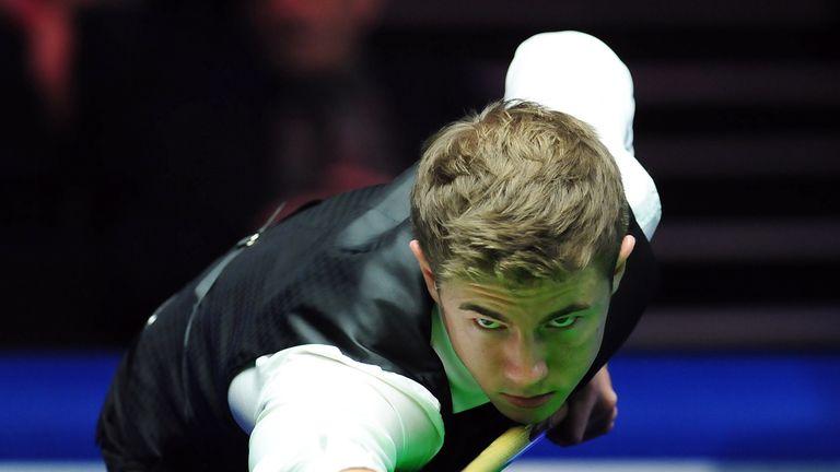 Jack Lisowski: 10-4 win over Fergal O'Brien in final round of World Championship qualifying