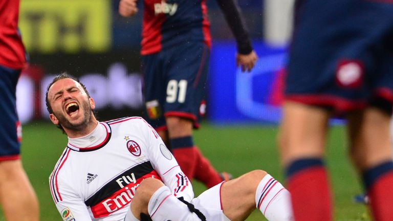 Giampaolo Pazzini: Injured for Milan at Genoa