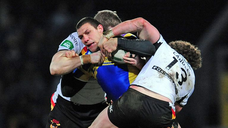 Leeds Rhinos failed to hold on to two leads against rivals Bradford Bulls at Headingley