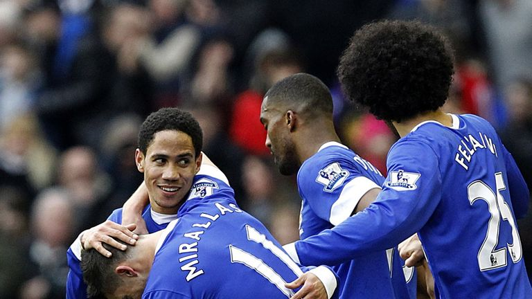Steven Pienaar and Kevin Mirallas, left, were singled out for praise by David Moyes