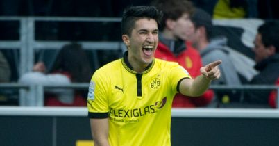 Nuri Sahin: Celebrates against Freiburg