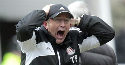 Tony Pulis: Struggling to keep Stoke fans on side