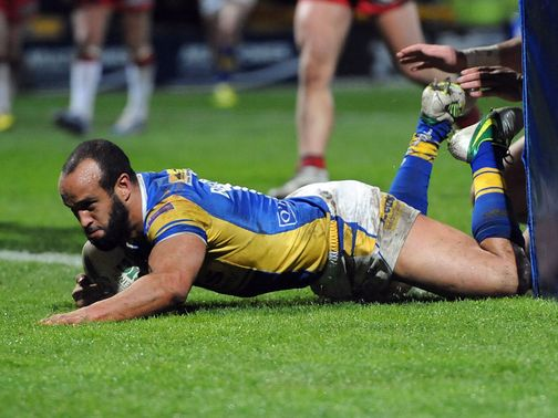 Jamie Jones-Buchanan scores a try for Leeds