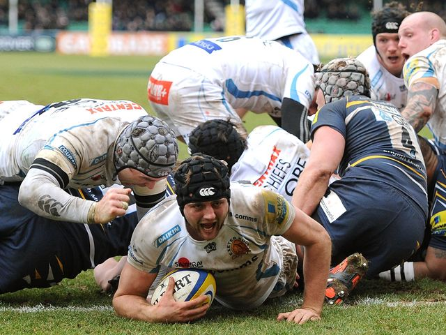 Dean Mumm touches down for Exeter's winning try