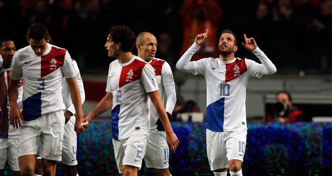 Rafael Van der Vaart: Celebrates his goal against Romania
