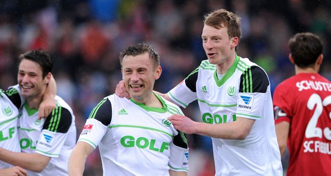 Ivica Olic scored two goals for Wolfsburg