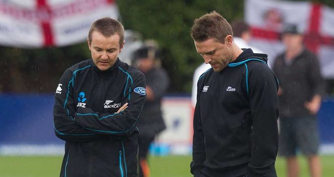Mike Hesson and Brendan McCullum: Disappointed not to finish off England at home