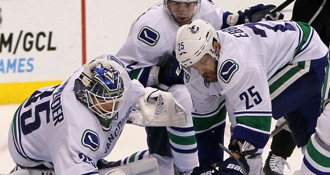 Goaltender Cory Schneider had another storming game for the Canucks