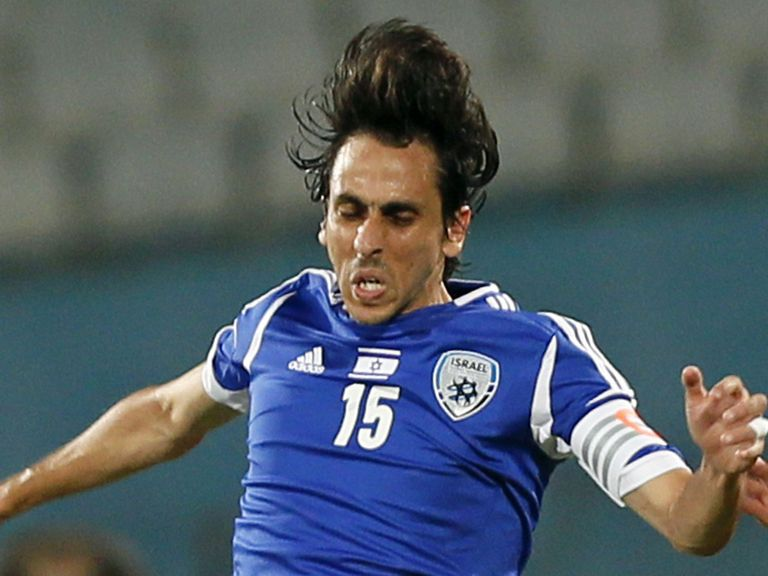 Benayoun: Believes he has been target for some Chelsea fans