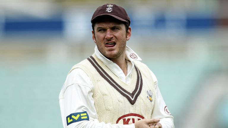 Graeme Smith: Leaving Surrey to have ankle surgery