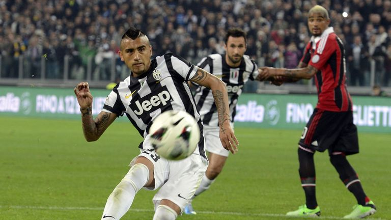 Arturo Vidal: Juventus midfielder is not planning to leave