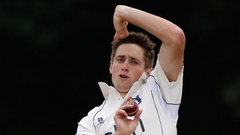 Chris Woakes: figures of 4-31