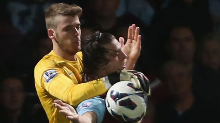 De Gea: coped well with Carroll, says Neville