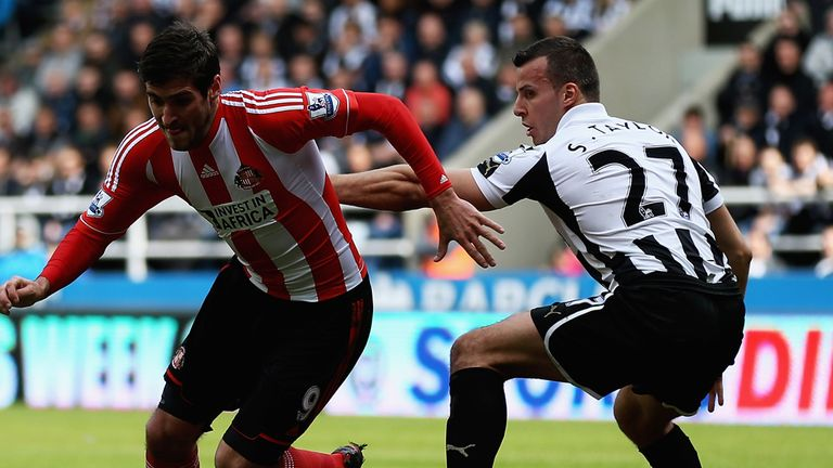Sunderland beat Newcastle 3-0 at St James' Park - their first win on Tyneside since 2000