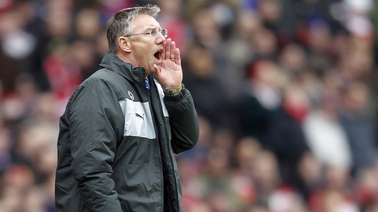 Nigel Adkins: Issued Reading rallying call