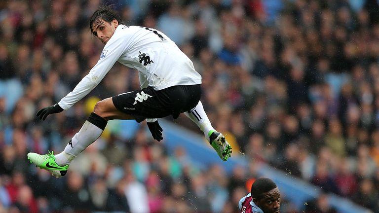 Bryan Ruiz: Needs help in Fulham side according to Jol