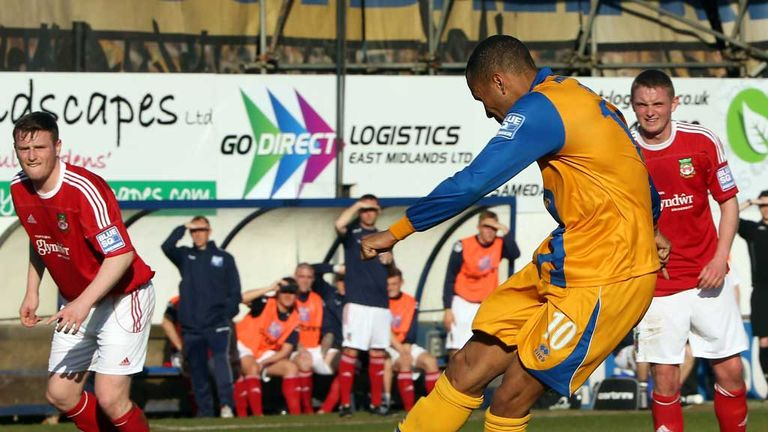 Matt Green: Mansfield striker nets winning penalty against Wrexham