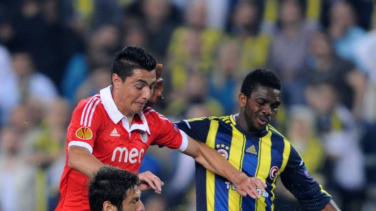 Joseph Yobo (r): In talks with Norwich over loan move