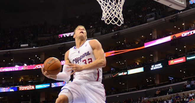 Blake Griffin soars during Clippers win