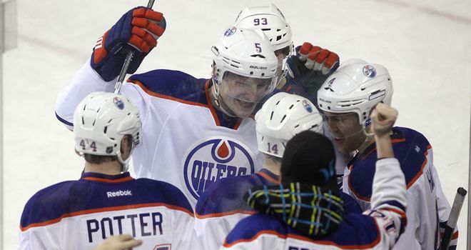 Edmonton Oilers: crushed the Calgary Flamers on Wednesday to maintain their play-off bid