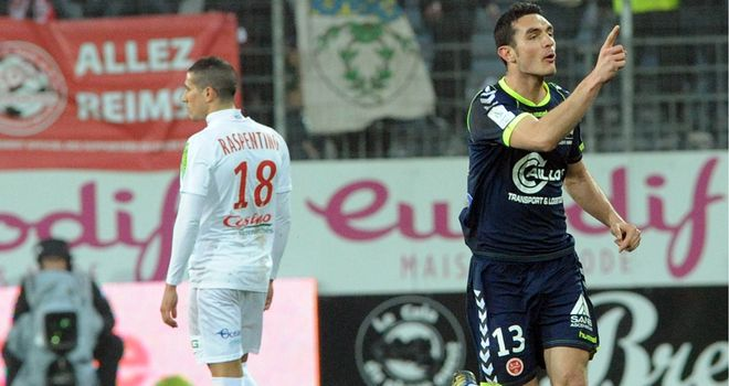 Nicolas Fauvergue celebrates his opener for Reims