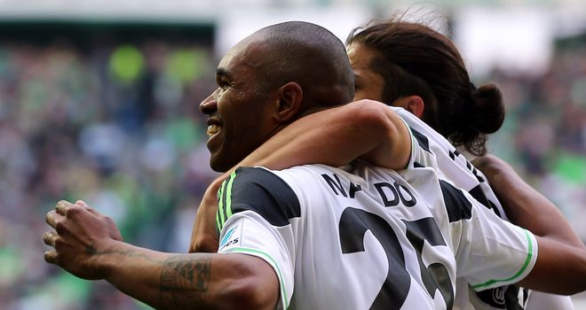 Nando celebrates his goal for Wolfsburg