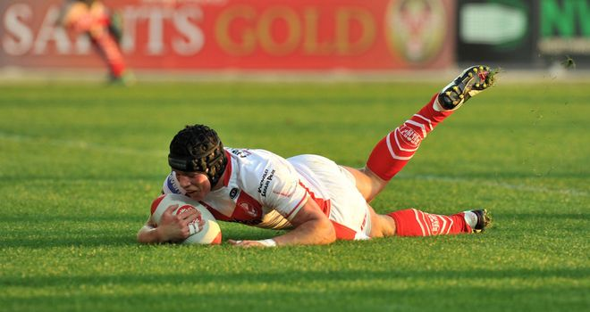Jonny Lomax: New St Helens contract for utility back