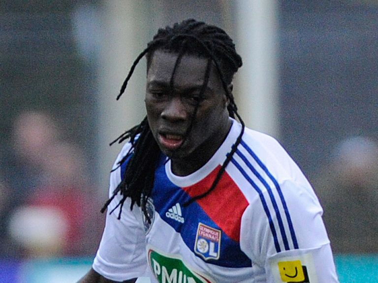 Bafetimbi Gomis: Interest from Swansea