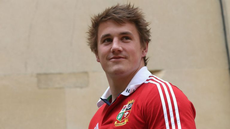 Jonathan Davies: insists it will be important to build relationships and an understanding with Lions team-mates