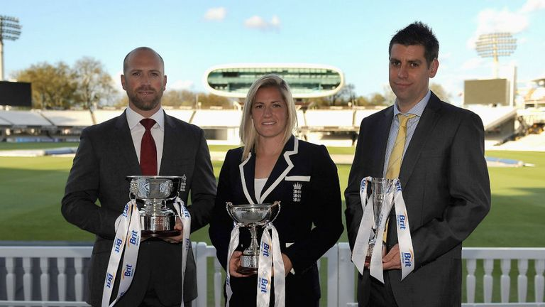 Matt Prior with Katherine Brunt (ECB Women's Cricketer of the Year) and Matthew Dean (ECB Disability Cricketer of the Year)