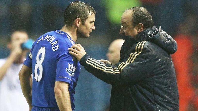 Frank Lampard and Rafael Benitez discuss tactics at Chelsea