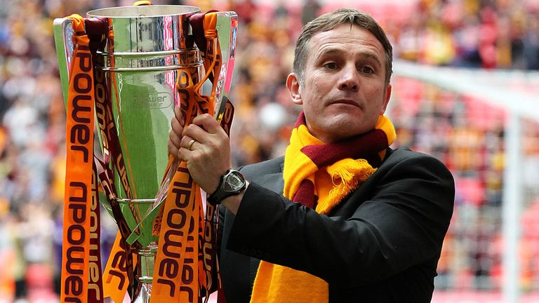 Phil Parkinson: Celebrating Bradford's League Two play-off final win