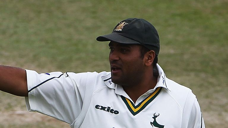Samit Patel: Crucial hundred for Notts against Warwickshire on day two