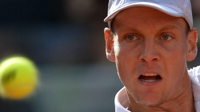 Tomas Berdych: Beat Alexandr Dolgopolov in Wimbledon warm-up event