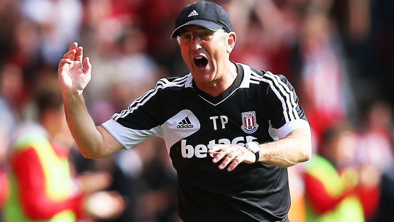 Tony Pulis: Wants to stay on at Stoke