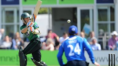 Daryl Mitchell: Worcestershire captain celebrates his hundred