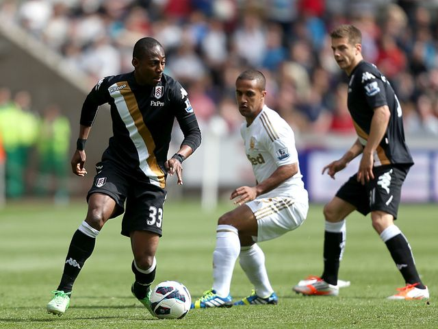 Eyong Enoh moves away from Wayne Routledge