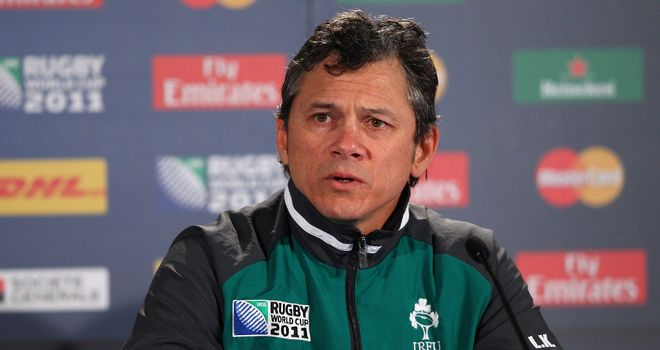 Les Kiss: Ireland coach has stuck with same half-back combination