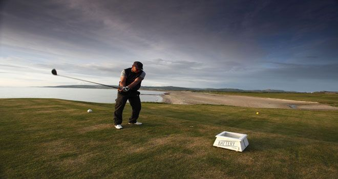 Favourite Hole: The 1st (The Battery), Machrihanish Golf Club