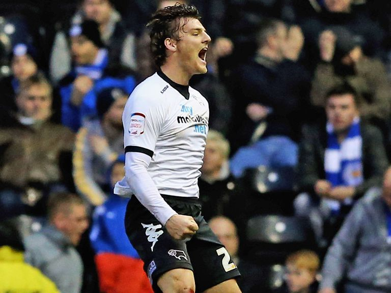 Chris Martin: Agree two-year Pride Park contract