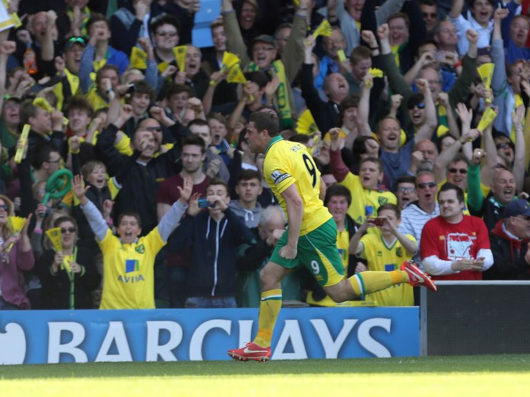Grant Holt: Would need to be released by Norwich for Heart to pounce
