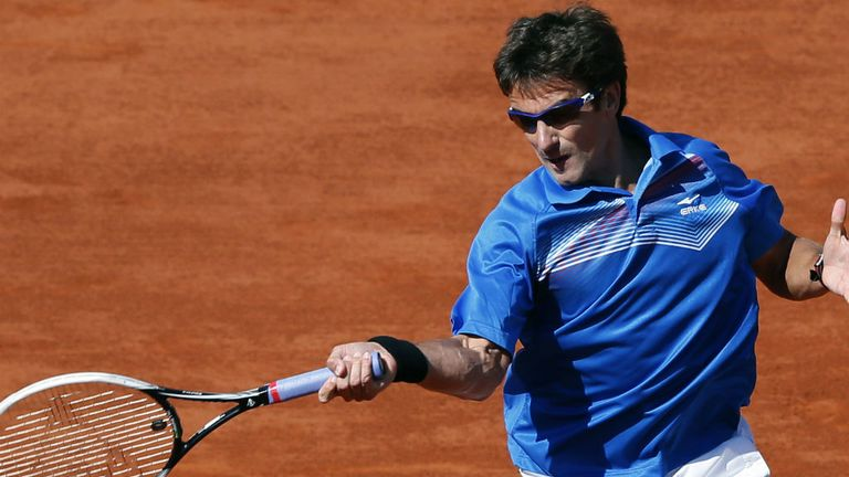 Tommy Robredo: The experienced Spaniard eased into the second round