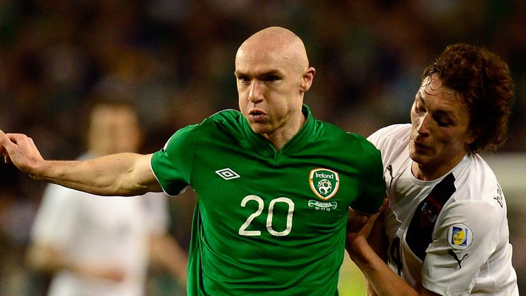 Conor Sammon: should start on Friday against Faroes, says Holland
