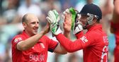 Tredwell and Finn should play in Champions Trophy Final, says Botham