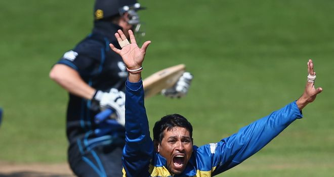 Tillakaratne Dilshan: Judged to have gone too far with his appealing against New Zealand