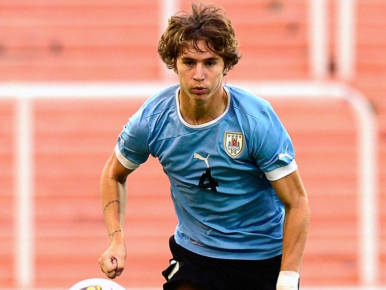 Guillermo Varela: Manchester United switch